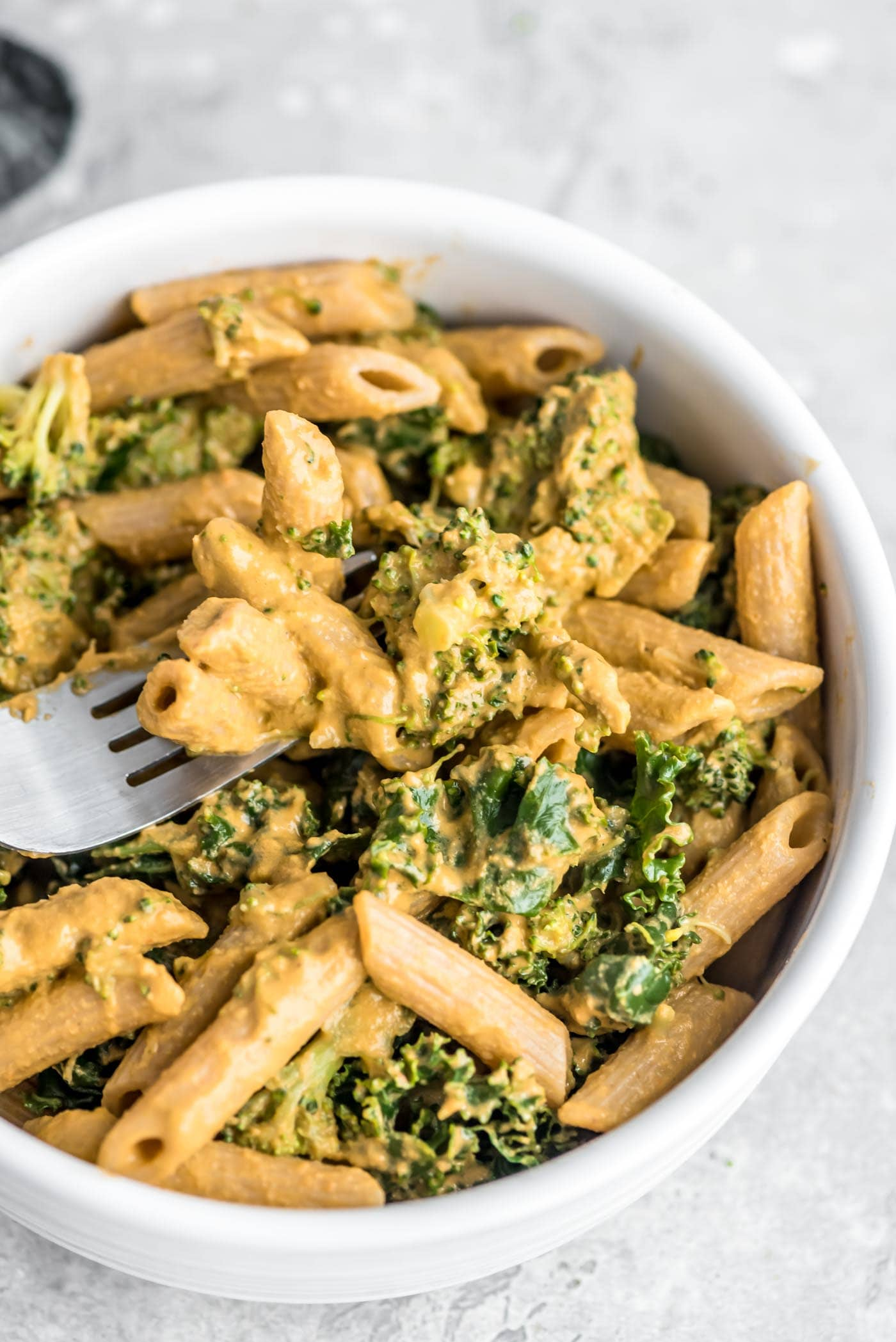 Easy Healthy Vegan Roasted Red Pepper Pesto with Kale and Broccoli Recipe