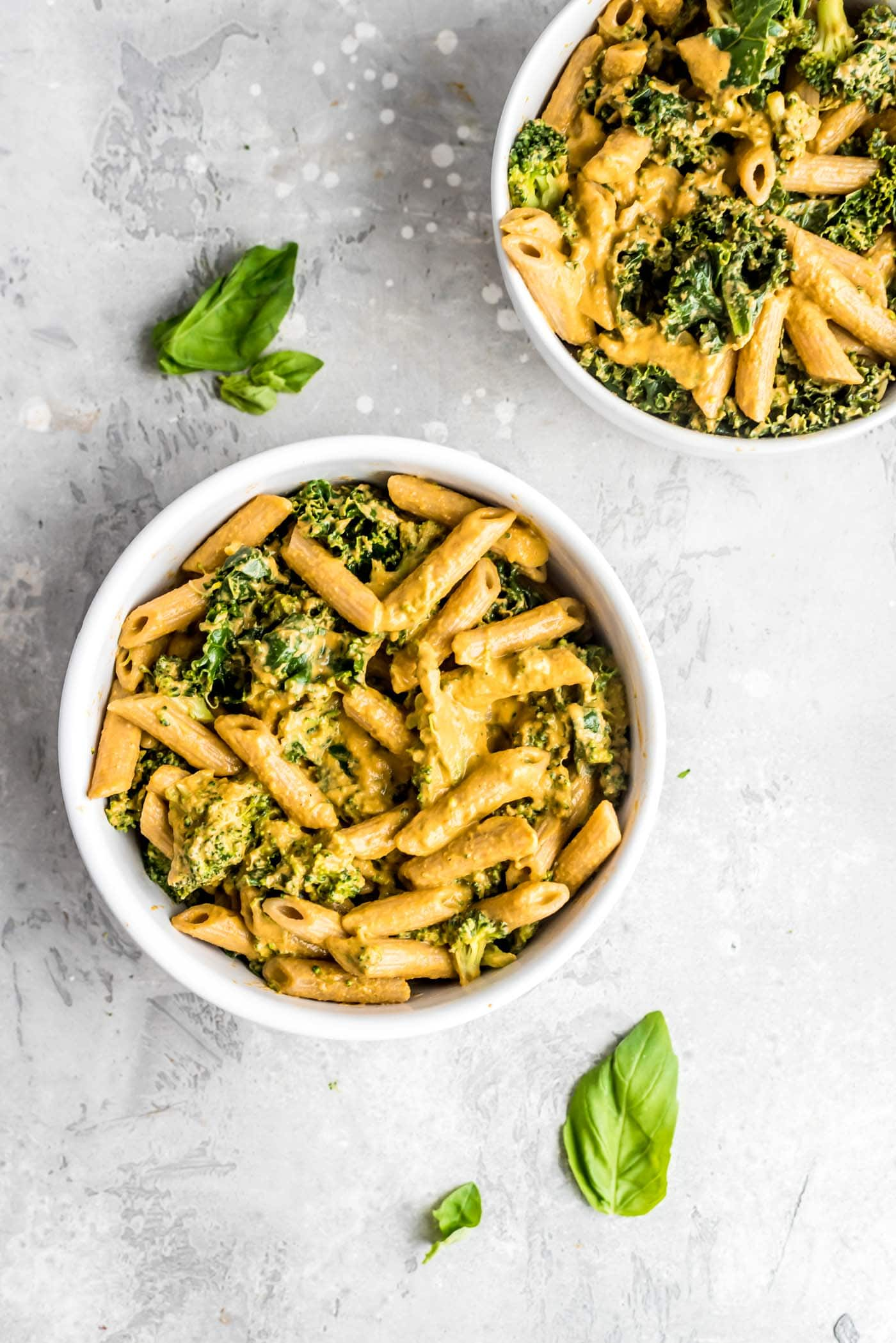 Creamy Healthy Vegan Roasted Red Pepper Pesto Pasta with Kale and Broccoli