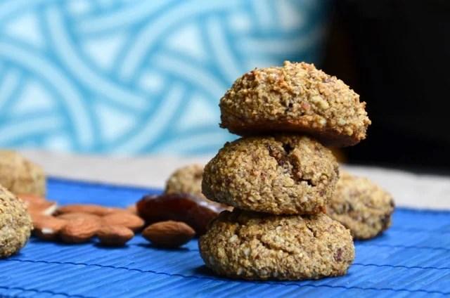 Vegan Date & Almond Cookies