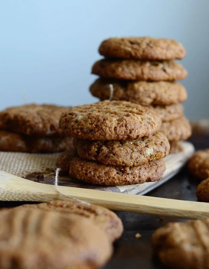 Spicy Vegan Ginger Cookies