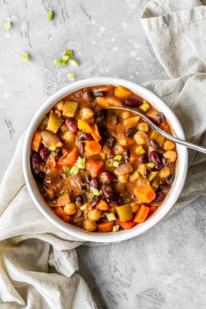 Bowl of 3-bean vegan chili.