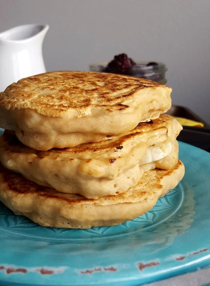 4-Ingredient Fluffy Vegan Protein Pancakes | oil-free