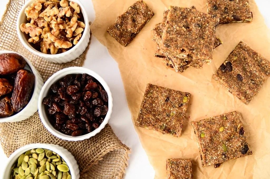 Vegan No-Bake Oatmeal Raisin Energy Bars - Gluten-Free, Healthy, Tastes like an Oatmeal Raisin Cookie!