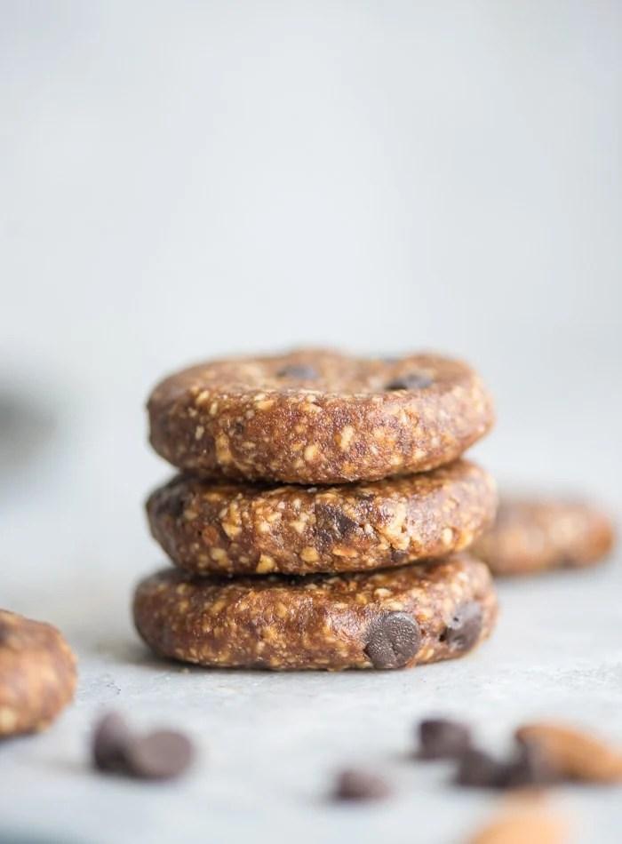 Easy Vegan Raw Chocolate Chip Cookies - Running on Real Food