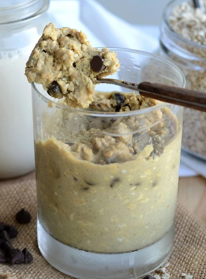 Vegan Chocolate Chip Cookie Dough Oats with Protein