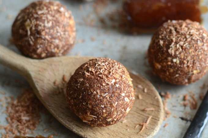 Low-Fat Cinnamon Energy Balls
