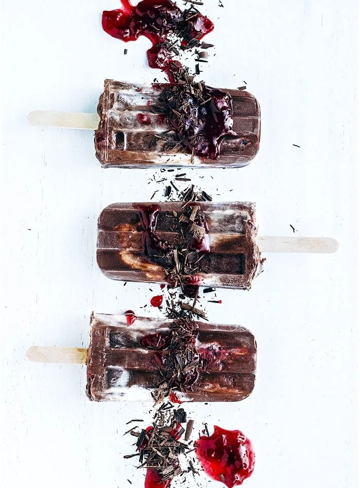 Best Healthy Vegan Popsicle Recipes | black forest popsicles