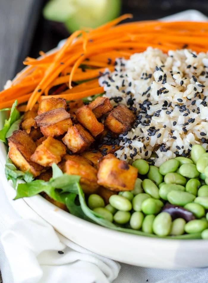 Healthy Sriracha Baked Tofu Brown Rice Bowls   vegan poke, gluten-free