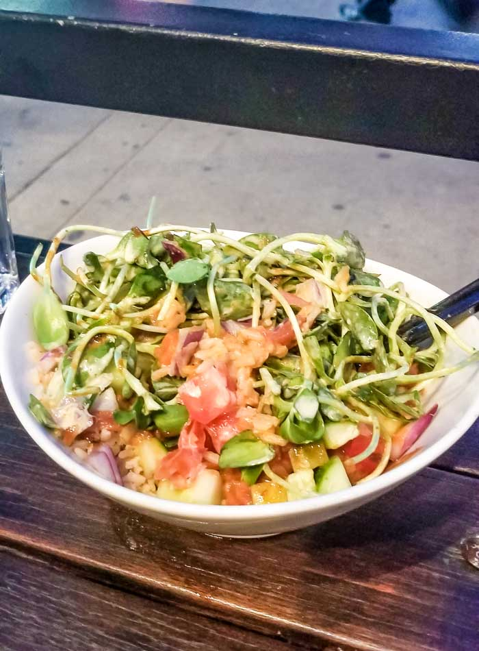 Fresh Toronto for Vegan Lunch, Dinner, Smoothies and Coffee   Running on Real Food