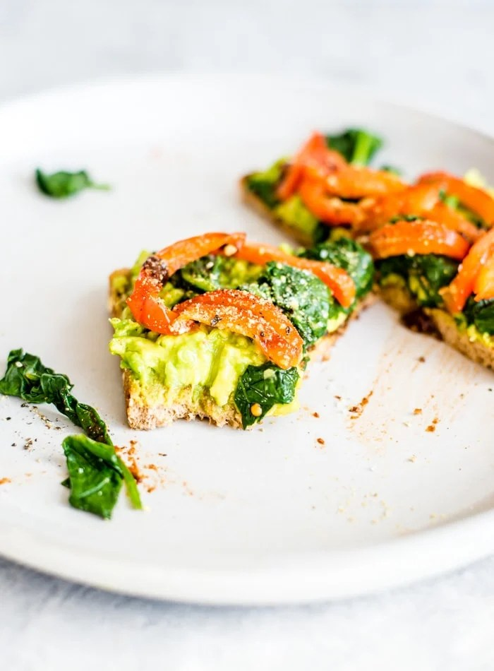 Healthy Spinach Avocado Toast Recipe
