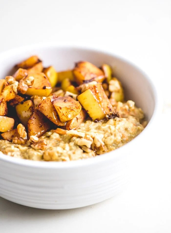 Healthy Apple Cinnamon Oatmeal - Running on Real Food