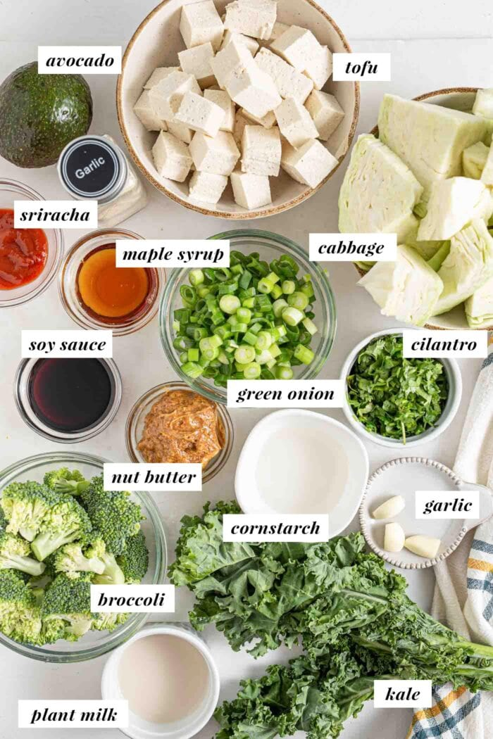 Labelled photo of ingredients for a low-carb dinner bowl.