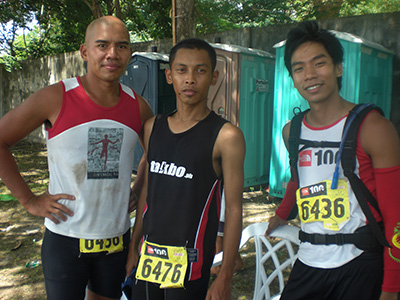 With my fellow ultra-men: Chris and Pat after our finish