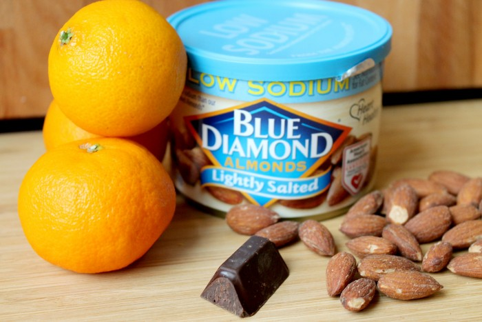 This post is sponsored by Blue Diamond Almonds.-4