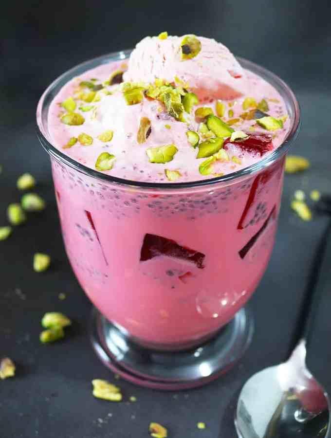 Rose and Almond flavored Falooda