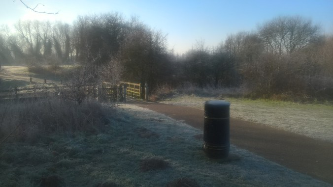 A frosty morning run at Sloughbottom Park
