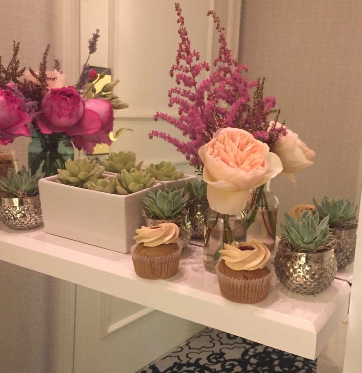 Ritz Carlton San Francisco, a.hana designs, cupcakes, flowers, wedding