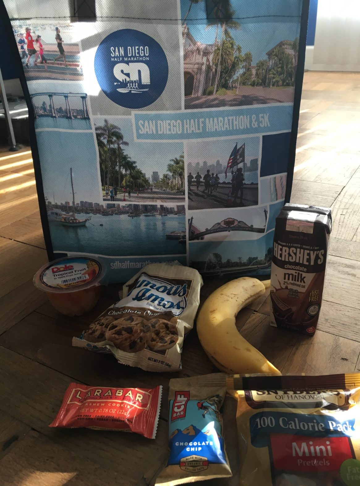 San Diego Half Marathon, Goodie Bag, Hershey's Chocolate Milk, Dole, Larabar, Clifbar