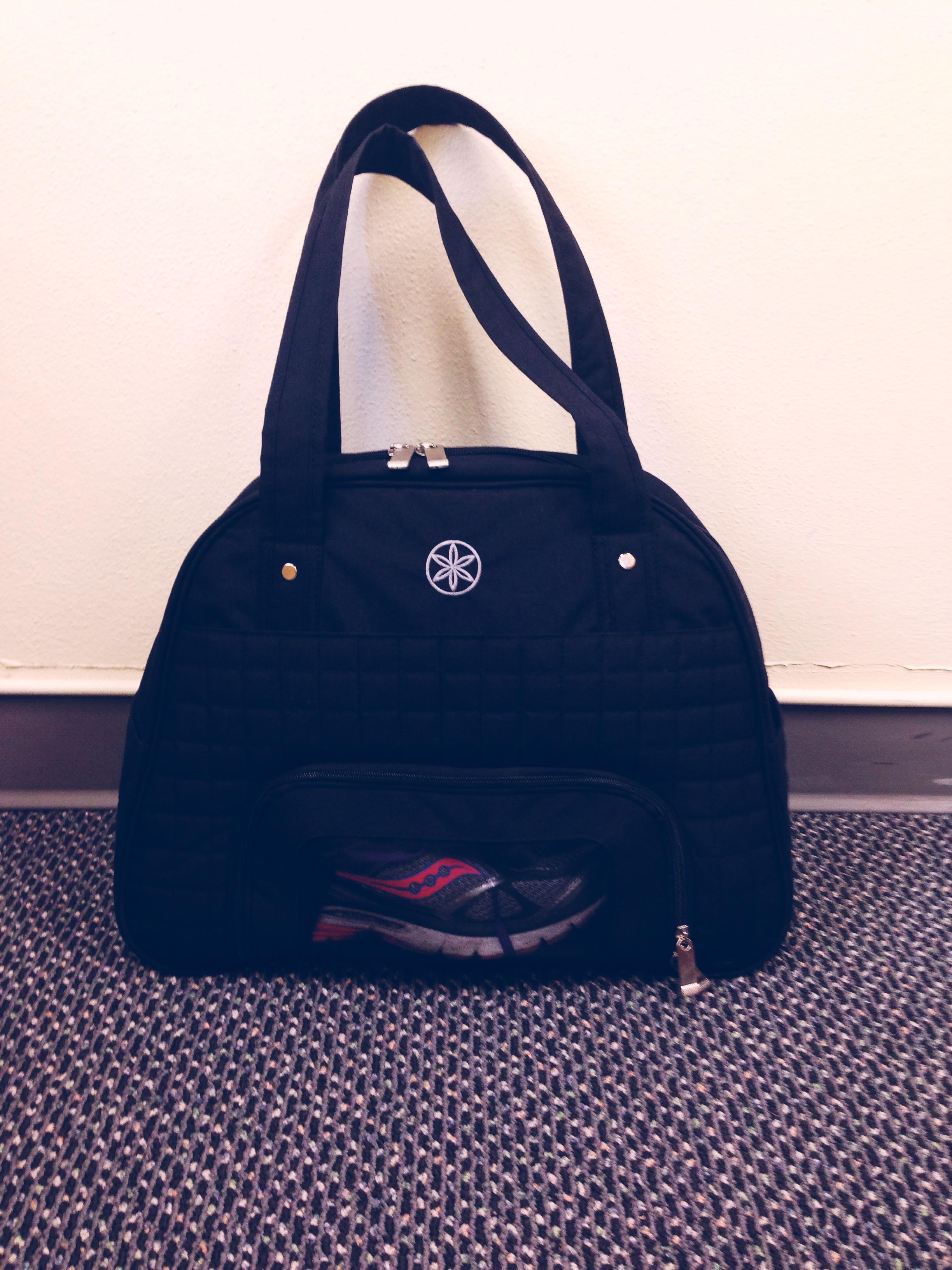 gaiam-everything-fits-bag
