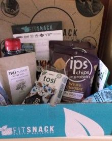 September Fit Snack Box Review: Nibbles & Noshes
