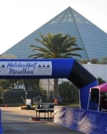Half Marathon Recap: Moody Gardens Holiday Half