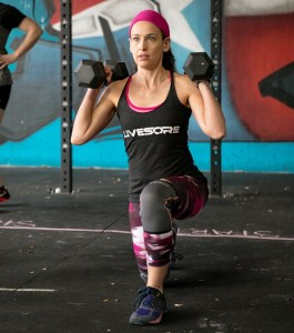 CrossFit Open 17.2 weighted walking lunges