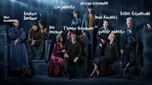large cast in fantastic beasts 2