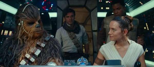 Star Wars: millennium falcon, rey, chewy, chewie, poe, finn