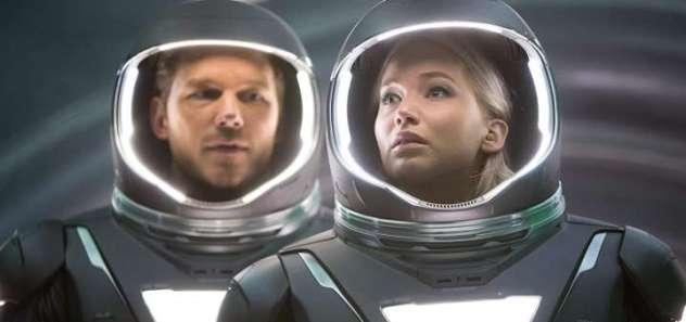 passengers-space-suits (720x338)