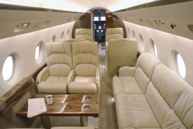 avion adentro