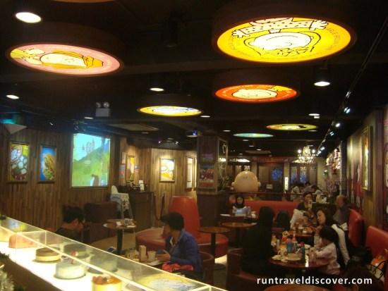 Hong Kong City Tour - Charlie Brown Cafe Interior