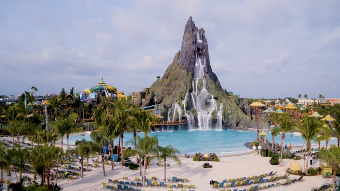 Volcano Bay Wave Pool