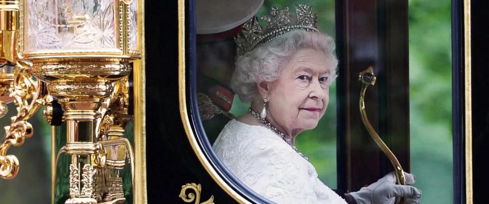 EPA-queen-elizabeth-jubilee-london-runway-magazine