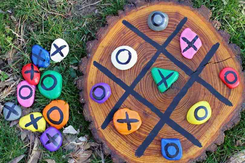DIY painted rocks tic tac toe for kids