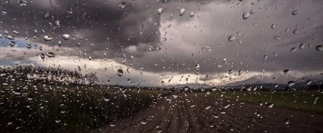 Laufen im Regen und Winter