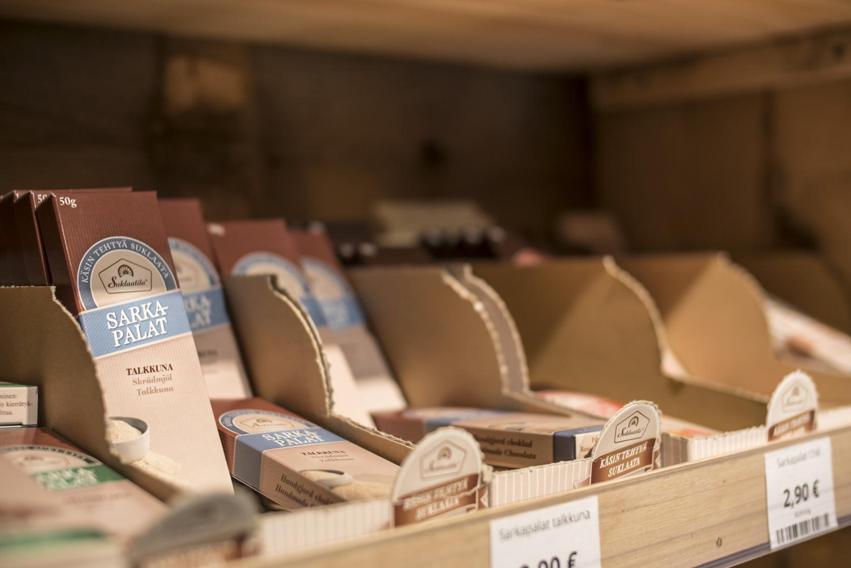 Sarkapaloista löytyy suklaata joka makuun.