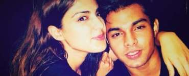 Sushant Singh Rajput case: Rhea Chakraborty's  bail plea to be heard by the High Court tomorrow 6