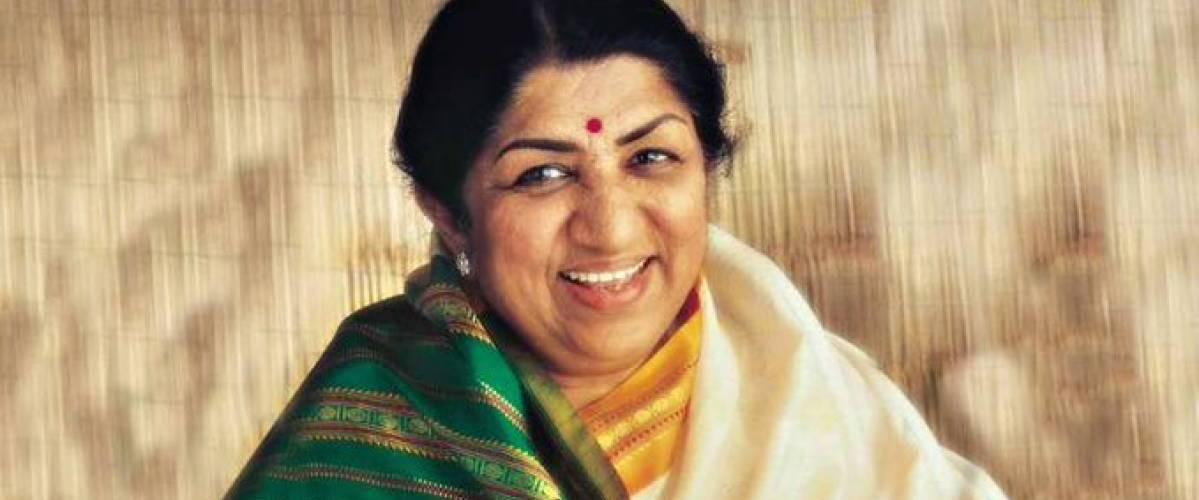 Lata Mangeshkar donates Rs 7 lakh to Maharashtra CM relief fund for COVID-19 1