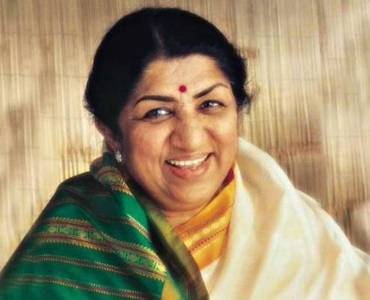 Lata Mangeshkar donates Rs 7 lakh to Maharashtra CM relief fund for COVID-19 21