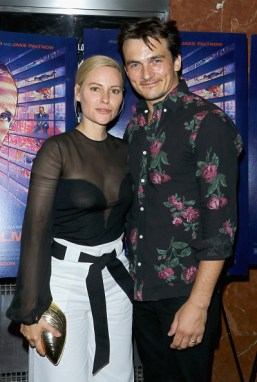 "NEW YORK, NY - JUNE 09: Aimee Mullins and actor Rupert Friend attend the ""De Palma"" New York screening at DGA Theater on June 9, 2016 in New York City. (Photo by Jim Spellman/Getty Images,)"