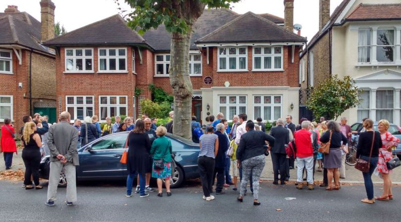 Crowd attending the unveiling of the memorial plaque to William Colbeck