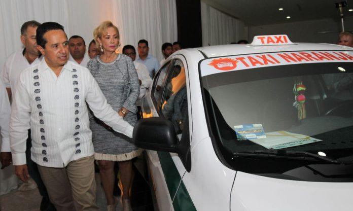 Taxi naranja