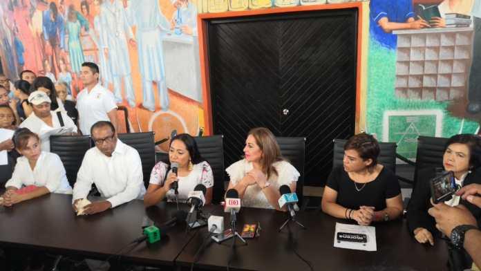 Diputada federal Patricia Palma acompañada de otras legisladoras federales