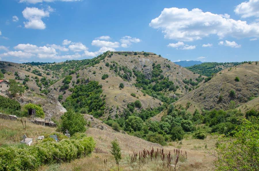 """""""Peshta"""" near Staravina"""