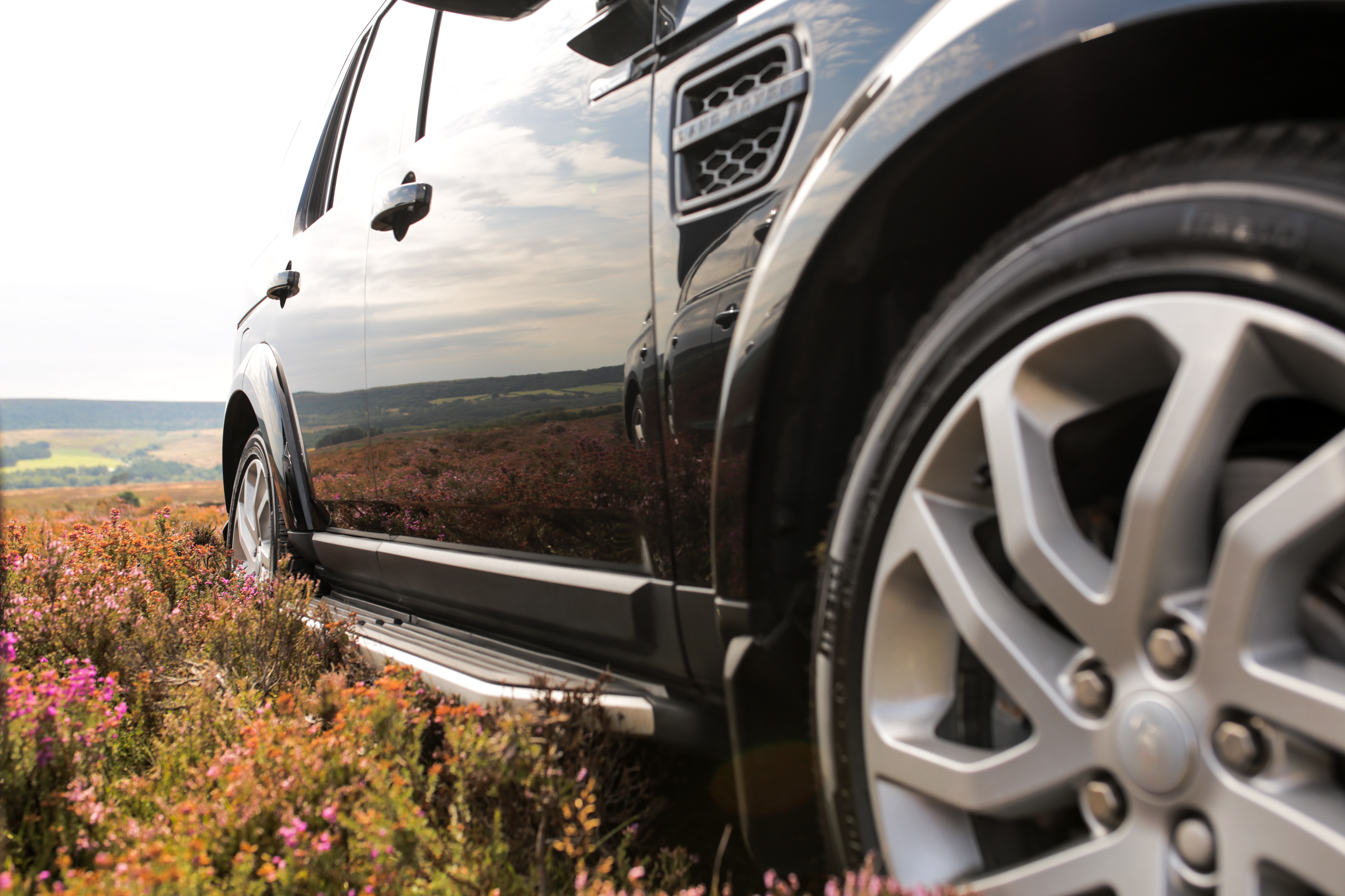 Landrover Discovery Landmark on the grouse moors at Bransdale.