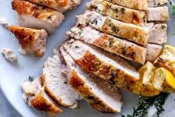Bifes de peru assados no forno
