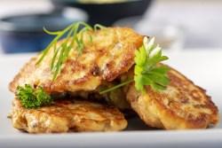 Pataniscas de bacalhau estaladiças