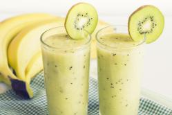 Batido de kiwi e banana fácil e rápido