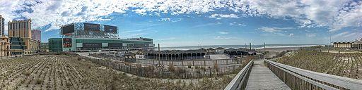 Atlantic_City_Beach_Panorama_(26741361566)
