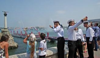 صور من احتفالات روسيا بعيد الأسطول البحري الحربي